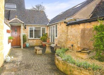 Thumbnail 2 bed cottage for sale in Leamington Road, Broadway, Worcestershire