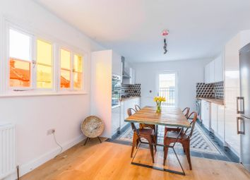 Thumbnail 4 bed flat to rent in Godwin Road, Forest Gate, London