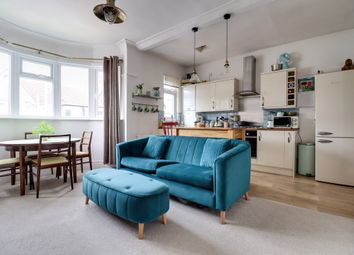 2 bed flat for sale in Westbourne Grove, Westcliff-On-Sea SS0