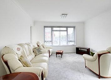 Thumbnail 3 bed flat to rent in South Mount, Whetstone, London