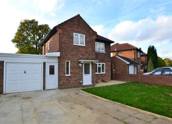 Thumbnail 3 bed detached house to rent in Sangers Drive, Horley