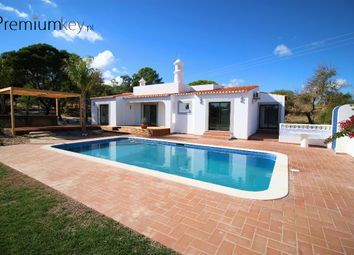 Thumbnail 3 bed villa for sale in Carvoeiro, Lagoa E Carvoeiro, Lagoa, Central Algarve, Portugal