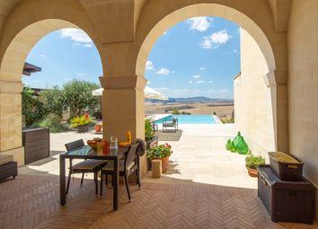 Thumbnail Villa for sale in Near Matera, Puglia, Italy