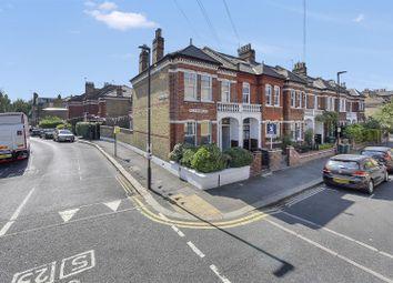 3 bed maisonette to rent in Klea Avenue, London SW4