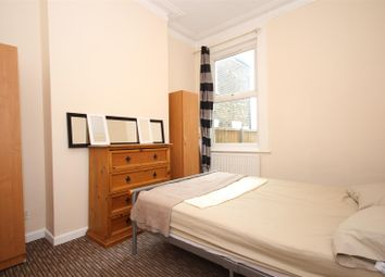 4 bed shared accommodation to rent in Harley Road, London NW10