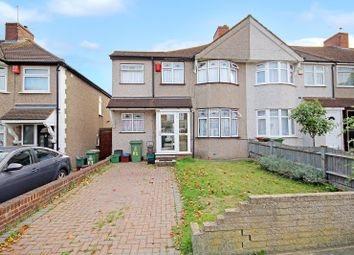Thumbnail 3 bed detached house for sale in Montrose Avenue, South Welling, Kent