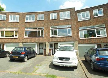 Thumbnail 4 bed town house to rent in Hall Drive, London