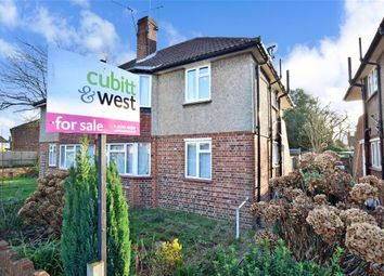 Thumbnail 2 bed maisonette for sale in Victoria Close, Horley, Surrey