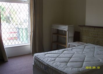 Thumbnail 5 bed end terrace house to rent in Newsome Road, Huddersfield