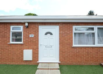 Thumbnail 1 bed flat to rent in Norcot Road, Tilehurst, Reading