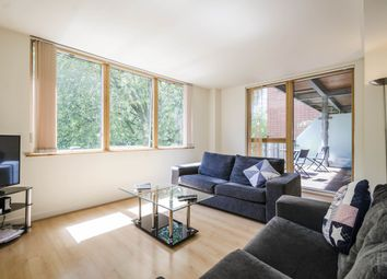 Thumbnail 2 bedroom flat to rent in Featherstone Street, London