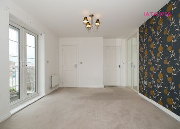 Thumbnail 2 bed flat for sale in Eleanor Cross Road, Waltham Cross
