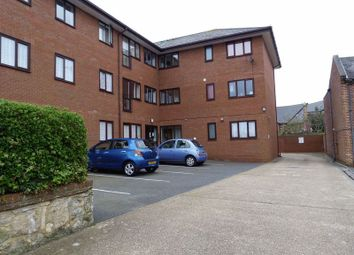 Thumbnail 1 bed flat to rent in New Street, Newport