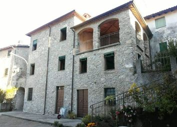 Thumbnail Semi-detached house for sale in 55027 Gallicano Lu, Italy