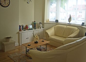Thumbnail 1 bed flat to rent in Ross Court, The Avenue, Kennington, Oxford