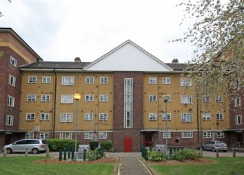 Thumbnail 2 bed flat to rent in Thornton Road, London