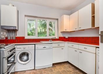 2 bed flat to rent in Mill Place, Chislehurst BR7
