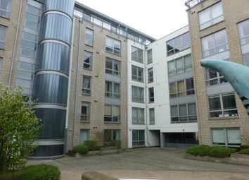 Thumbnail 2 bed flat to rent in Gardners Crescent, City Centre, Edinburgh