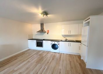 Thumbnail 2 bed flat to rent in Andover Street, Leicester