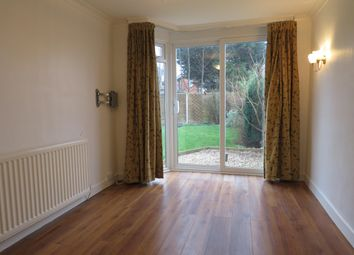 3 bed property to rent in Jeremy Grove, Solihull B92