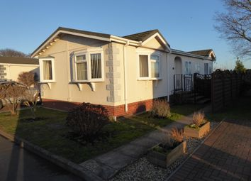 Thumbnail 2 bed mobile/park home for sale in Falcon Park, Martlesham Heath, Ipswich, Suffolk, 3Rr