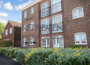 Thumbnail 1 bedroom flat for sale in Jubilee Court (Billingshurst), Billingshurst