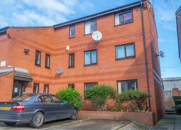 2 bed flat for sale in Dickinson Court, Wakefield WF1