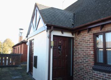 Thumbnail 1 bed flat to rent in Asda Mall, Lower Earley District Centre, Lower Earley, Reading