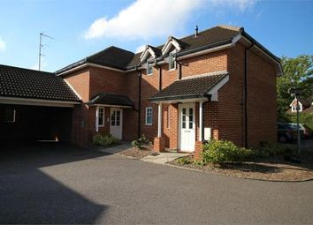 2 bed flat to rent in Fernhill Road, Farnborough GU14