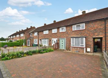 Thumbnail 3 bed property to rent in Bletchingley Close, Merstham, Surrey