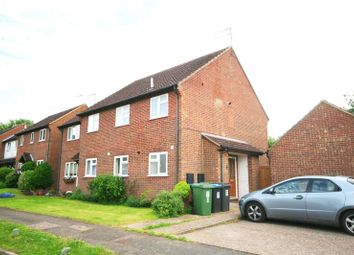 Thumbnail 2 bed flat to rent in Austins Mead, Bovingdon, Hemel Hempstead