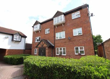 Thumbnail 1 bed flat to rent in Redwood Close, Watford