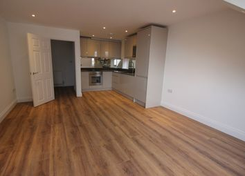 Thumbnail 2 bed flat to rent in Queens Av, Muswell Hill