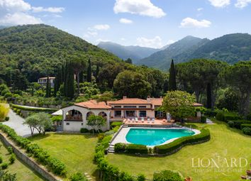 Thumbnail 11 bed villa for sale in 4790, Marciana, Italy