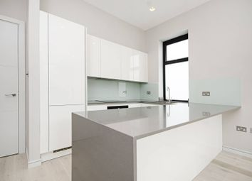 Thumbnail 2 bed flat for sale in Woodside Grange Road, Woodside Park