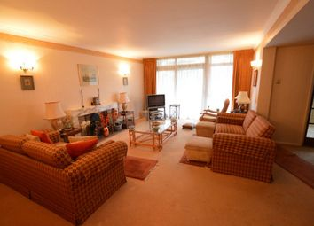 Thumbnail 2 bedroom flat to rent in The Bowls, Chigwell