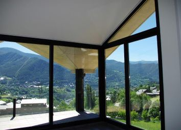 Thumbnail 4 bedroom apartment for sale in Conjunt Residencial Escás, Escás, Andorra