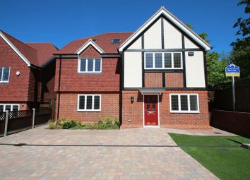 6 bed detached house for sale in Darenth Road, Dartford DA1