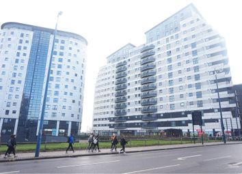 Thumbnail 2 bed flat to rent in 2 Masshouse Plaza, Birmingham