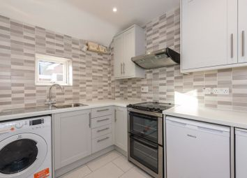 Thumbnail 1 bed flat to rent in Spinney Hill, Addlestone