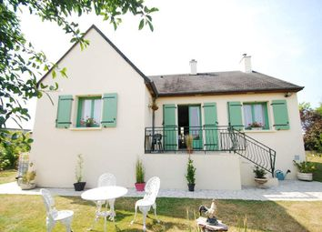 Thumbnail 3 bed country house for sale in 53300 Chantrigné, France