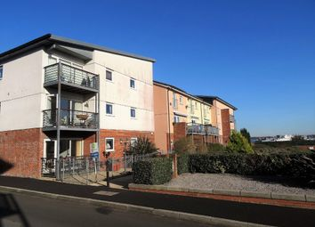 Thumbnail 2 bed flat for sale in Davidson Close, Hythe, Southampton