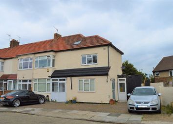 Thumbnail Property to rent in St. Michael's Avenue, London