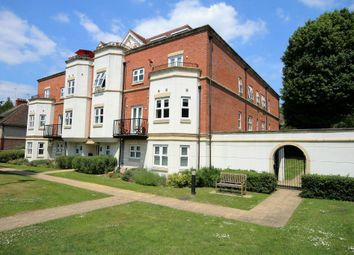 Thumbnail 2 bed flat for sale in Hurst Road, Horsham