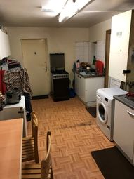 Thumbnail Room to rent in Dunlace Road, Lodon