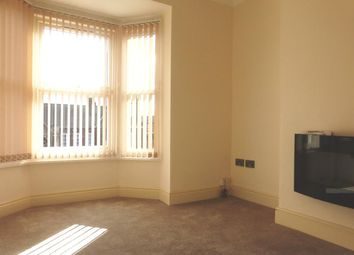 Thumbnail 2 bed flat to rent in Carholme Road, Lincoln