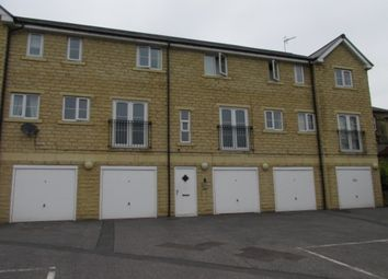Thumbnail 2 bed flat to rent in Saddleworth Road, Greetland, Halifax