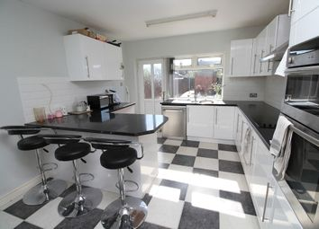 Thumbnail 3 bed terraced house to rent in Moorhouse Road, Willerby Road