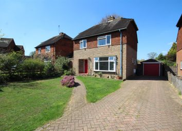 Thumbnail 3 bed detached house to rent in Fennel Close, Burpham, Guildford