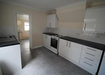 3 bed terraced house to rent in West Road, Stratford, London E15